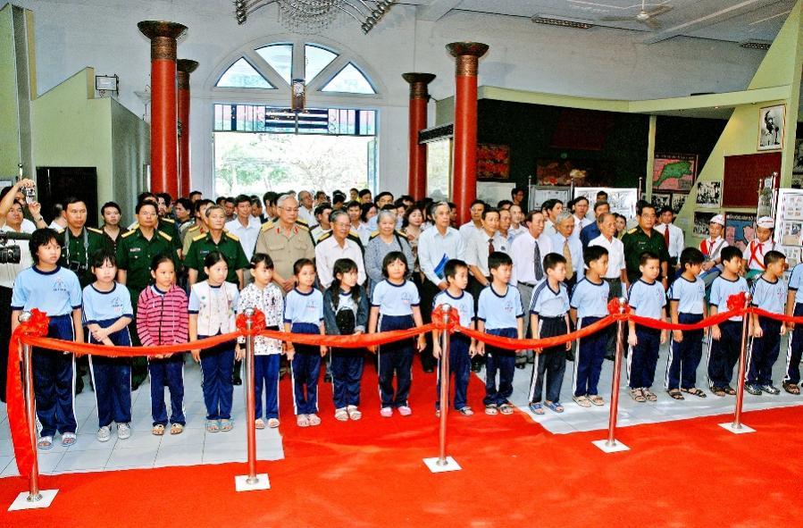 Name:  10_toancanh.jpg Views: 950 Size:  123.0 KB
