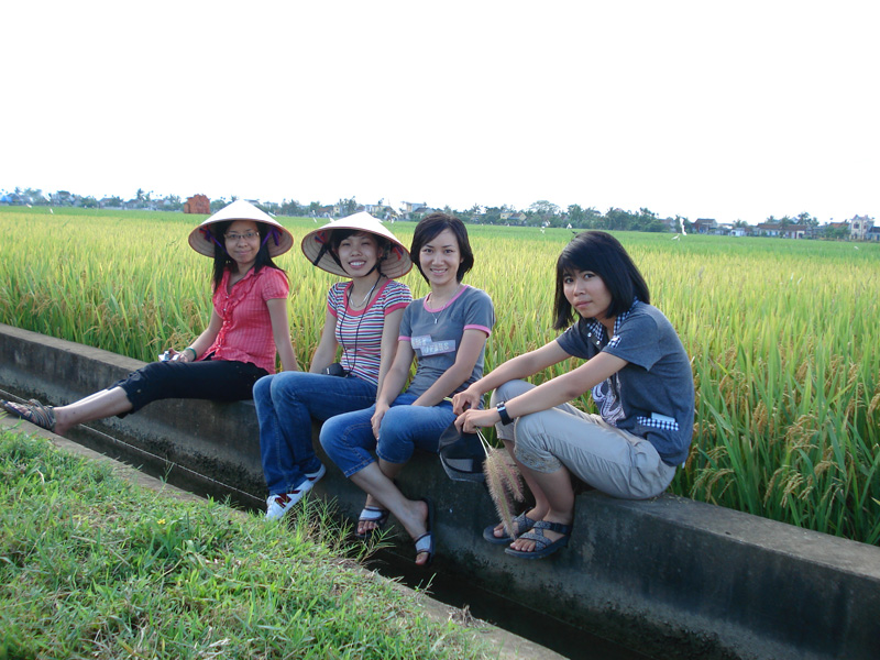 Name:  Muong nuoc.jpg Views: 473 Size:  240.6 KB