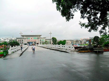 Name:  images614985_Anh_1.jpg Views: 252 Size:  37.4 KB