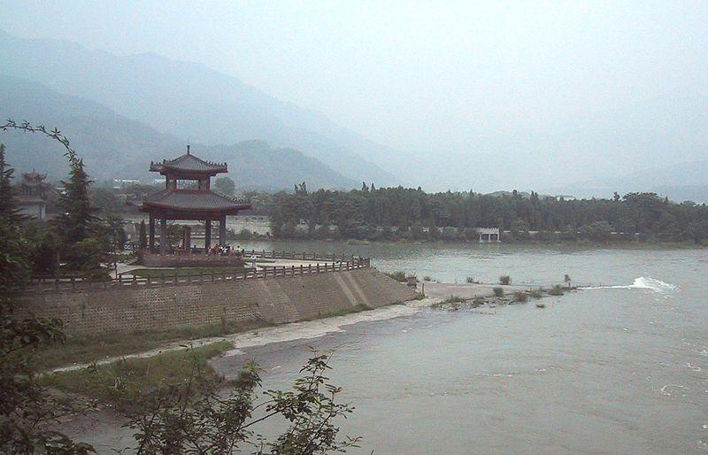Name:  800px-Dujiangyan_Irrigation_System.jpg Views: 1049 Size:  65.3 KB
