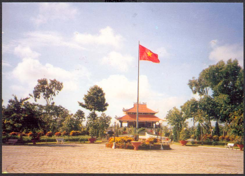 Name:  PC anh Hue 20-8-09 b.jpg Views: 267 Size:  90.5 KB