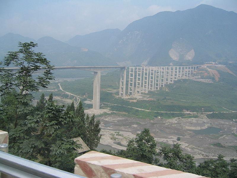 Name:  800px-IMG_2634_-_Bridge_near_Zipingpu_Dam.jpg Views: 1036 Size:  99.1 KB