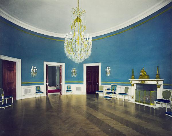 Name:  blue-room-1904.jpg Views: 2066 Size:  95.6 KB