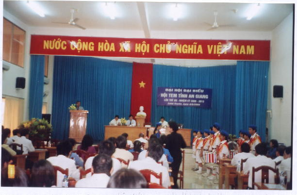 Name:  dai hoi.5.jpg