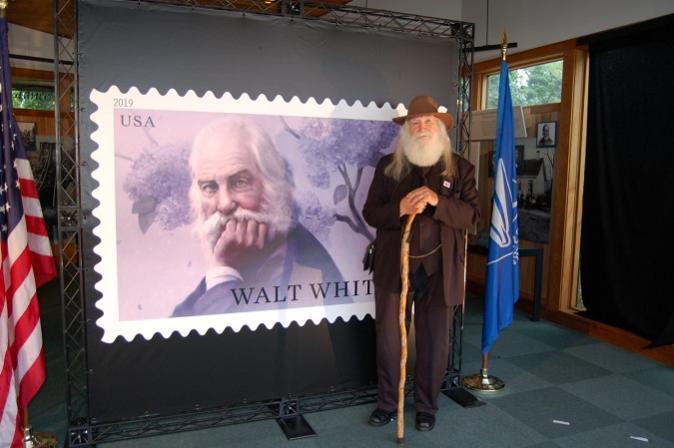 Name:  1-Walt-Whitman-stamp-ceremony-091219-Sutton-e1568923630814.jpg Views: 153 Size:  40.8 KB