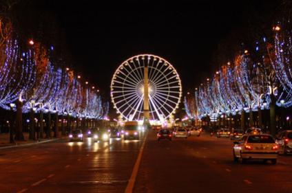 Name:  illuminations-Champs-Elysées.jpg Views: 629 Size:  21.6 KB